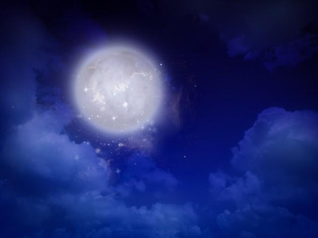 月。満月。真実は満月に照らし出されるということ?