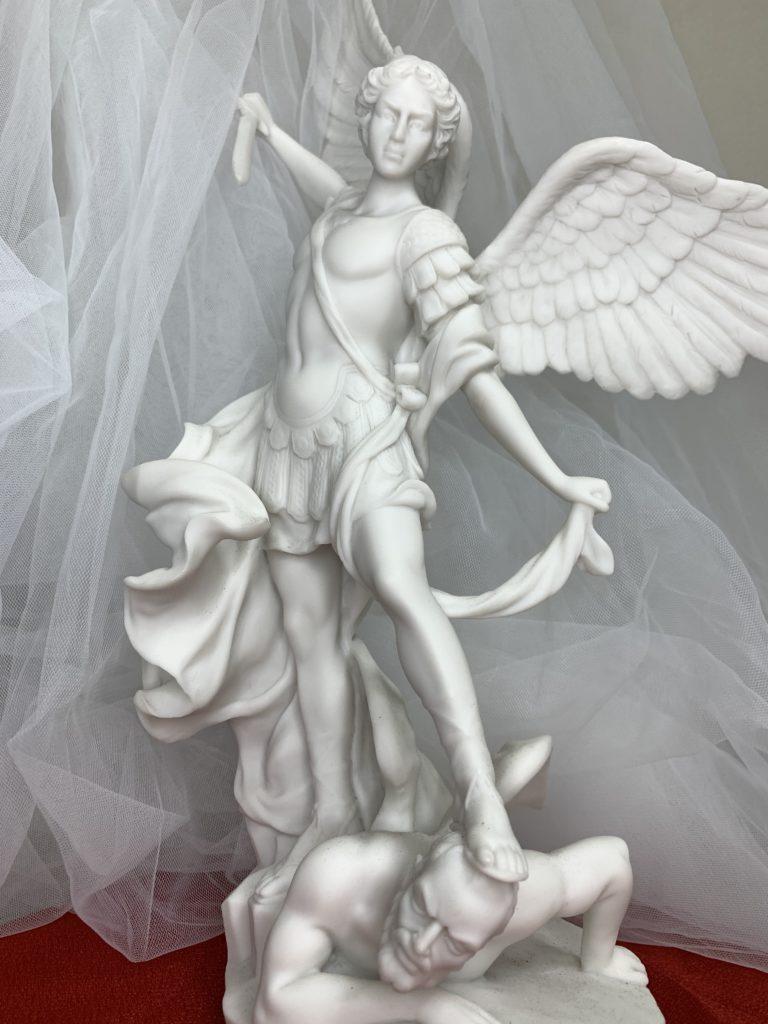 大天使ミカエル。頼もしいです。